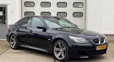 BMW M5 - 5.0 SMG